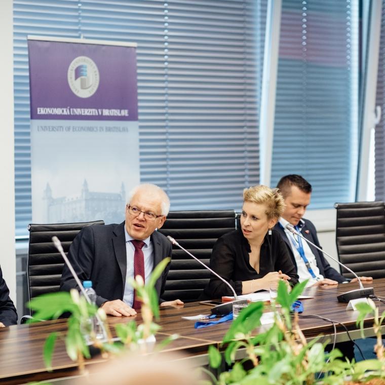 Mezinárodní vědecká konference